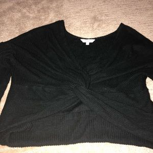 Front knot sweater